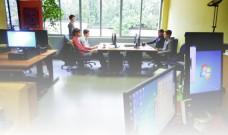 Les ateliers multimédia au Local, en accès libre